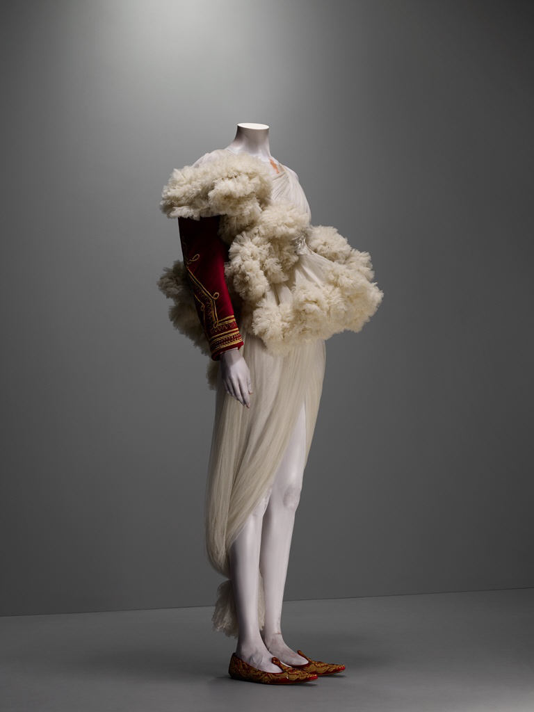 The Girl Who Lived In The Tree Alexander Mcqueen Savage