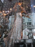 Bergdorf's_window_01_150