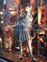 Bergdorf's_window_02_150