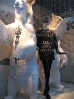 Bergdorf's_window_03_150