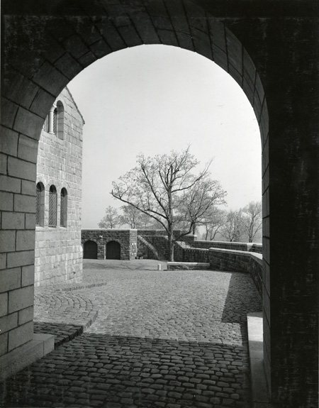 The courtyard, as seen from the portcullis gate entrance in 1938