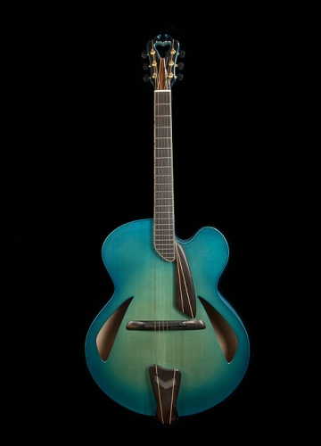 Blue Centura Deluxe model (serial number 1252)